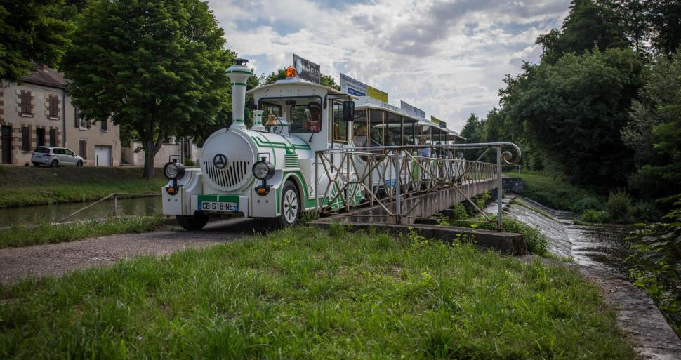 ACCOMPANIED VISITS - Petit train de Briare