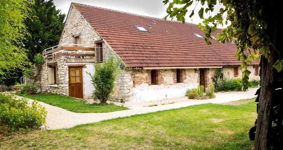 G te d 39 etape ancienne maison eclusi re donnery for Auberge de jeunesse tadoussac maison majorique
